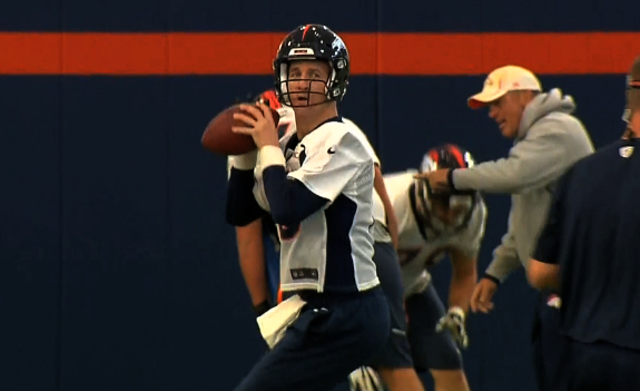 Manning Reclaims Starting Job