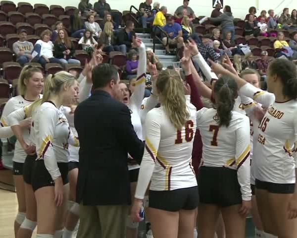 CMU Volleyball- Mavericks win Fourth Straight in Straight Se_59964845
