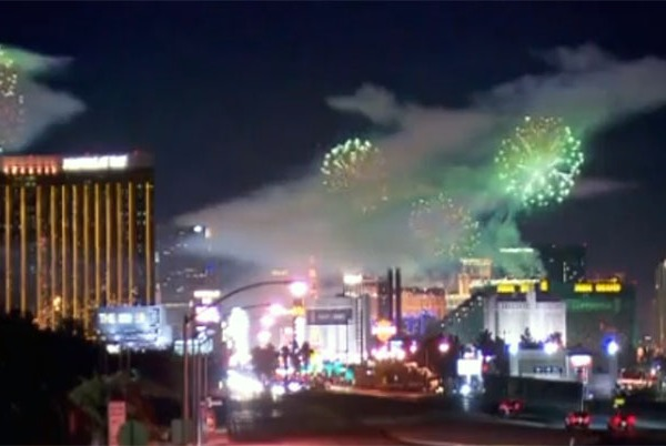 fireworks_6_1514795480390.jpg